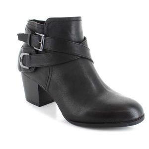 Sophia Taylor Black Booties
